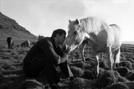 BOBBY FISCHER AGAINST THE WORLD - OR THE HORSE